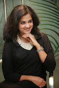 Nandita raj sizzling pics in black-thumbnail-12