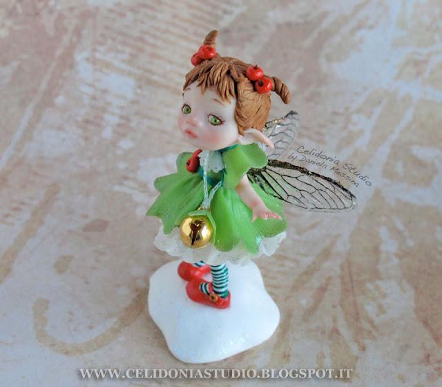 Christmas Time Fairy - Fatina del Natale modellata in pasta sintetica