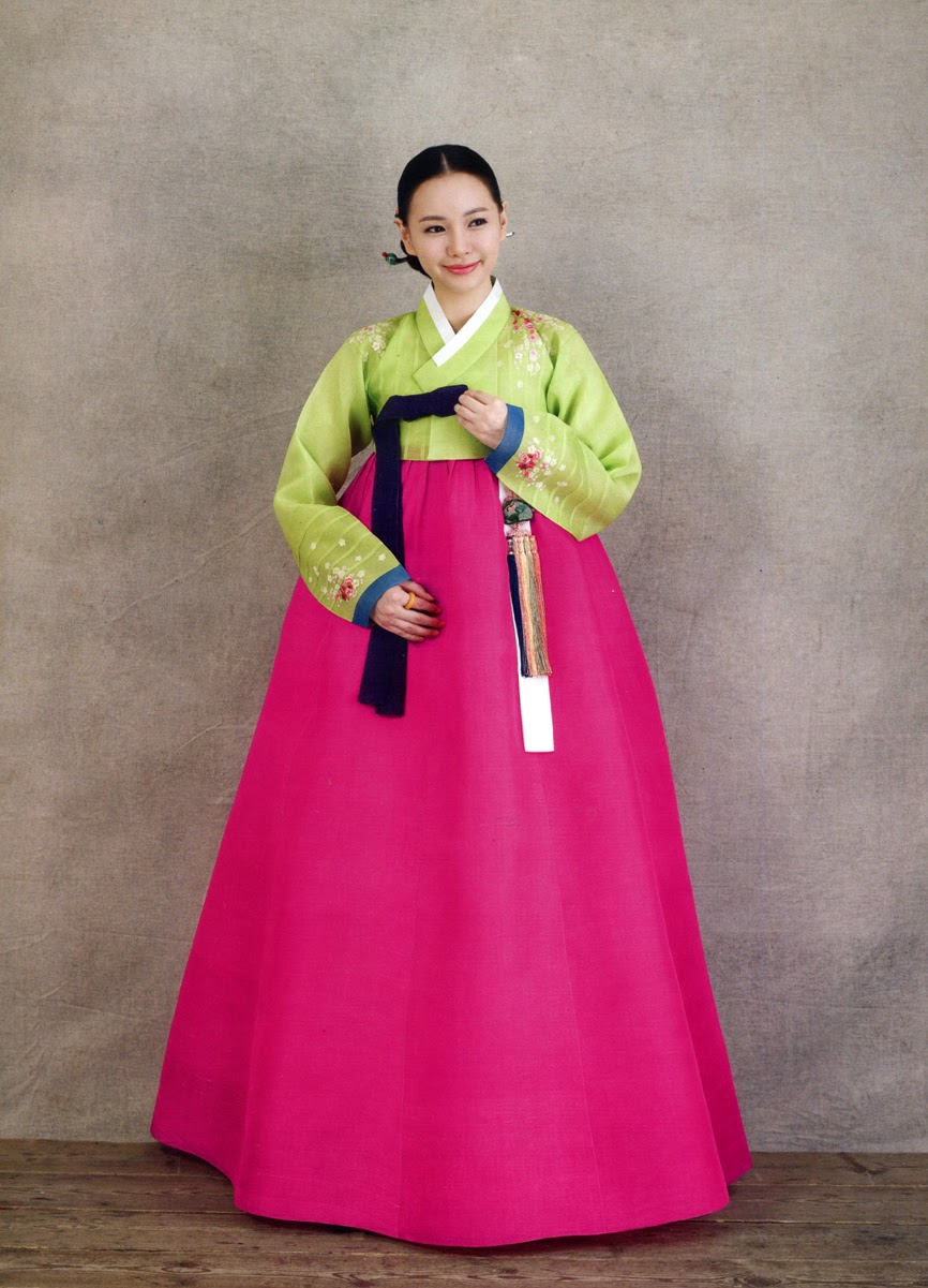 Traditional korean dress pictures