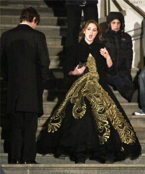 Dramatic Black Prom Dress Blair Donned in Gossip Girl | TV dresses