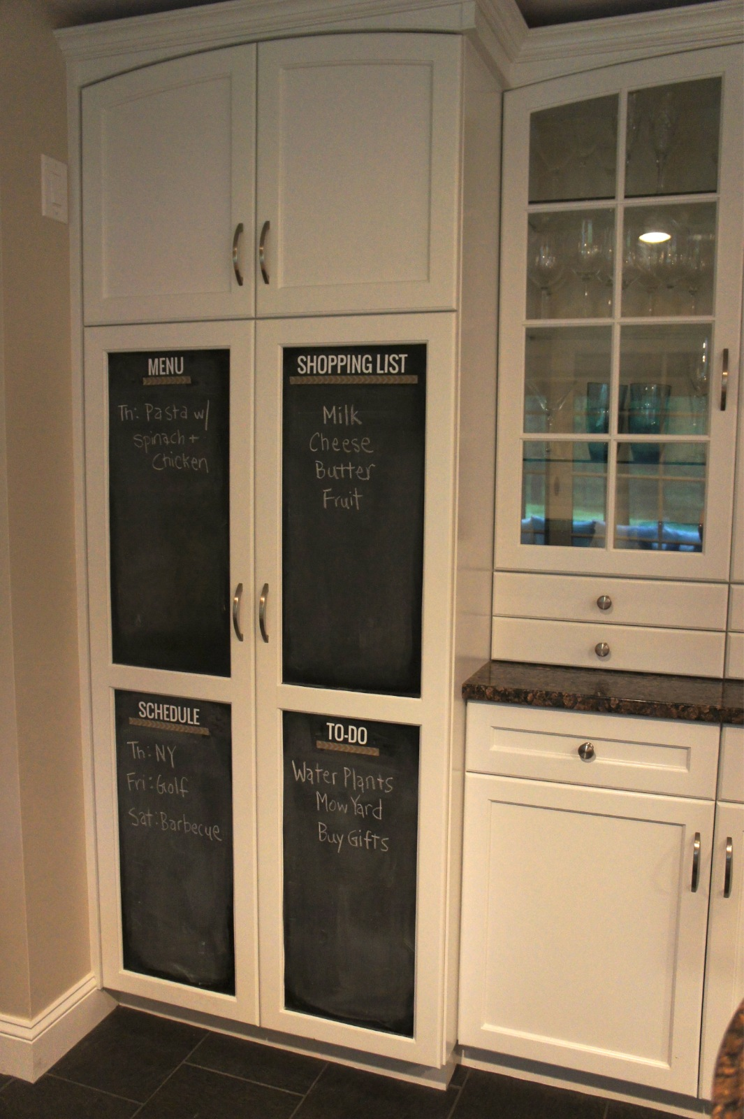 Home with baxter kitchen chalkboard an easy update for Kitchen chalkboard