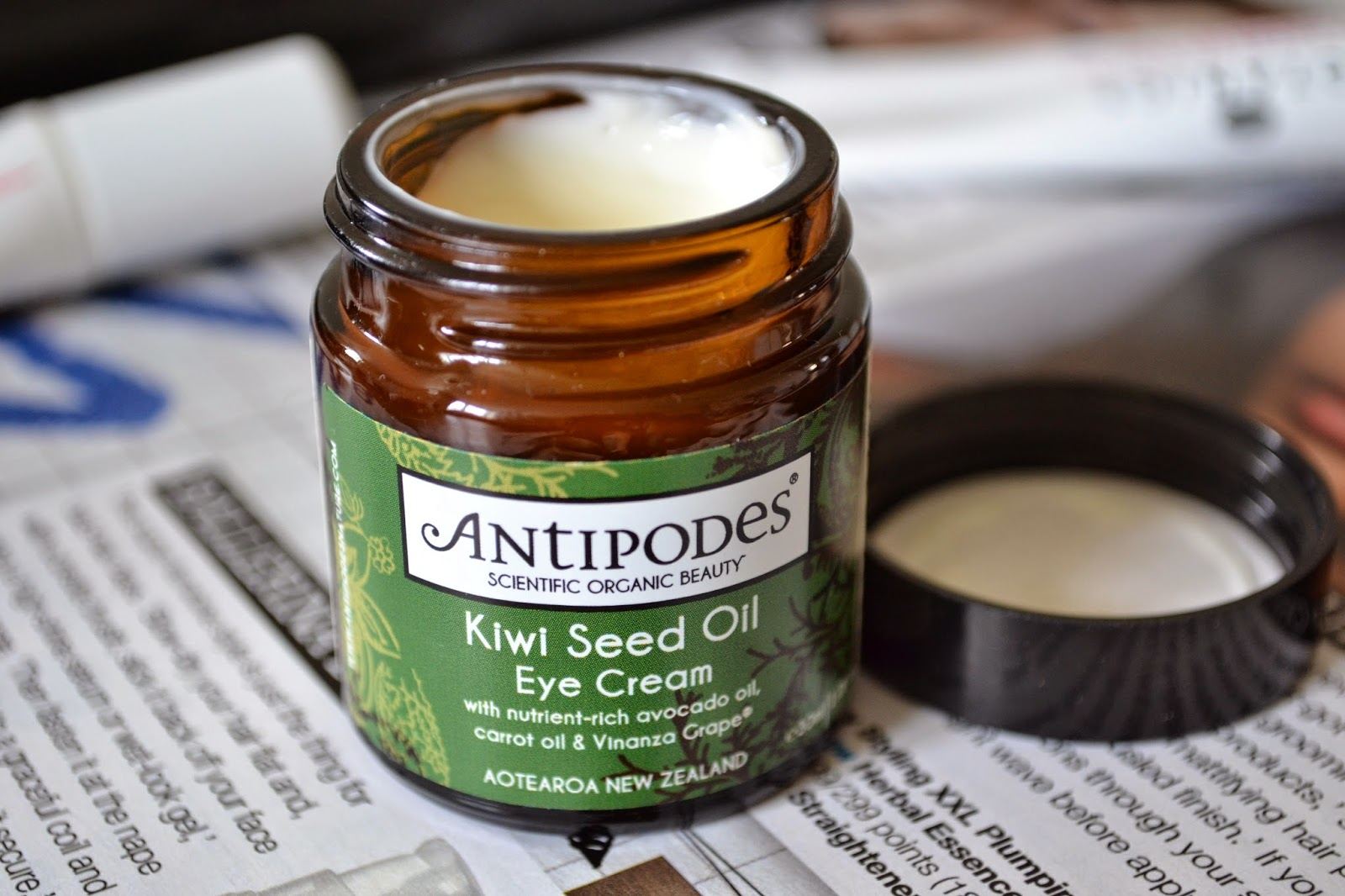 Antipodes Kiwi Seed Oil Eye Cream Review - Aspiring Londoner