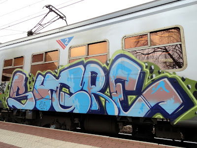 sugre graffiti