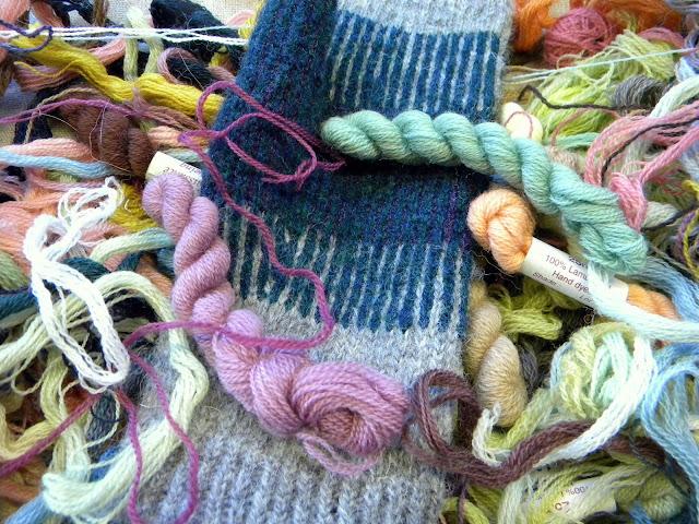 Knitting Quiz Uk : D a n c e s w i t h o l twined knitting