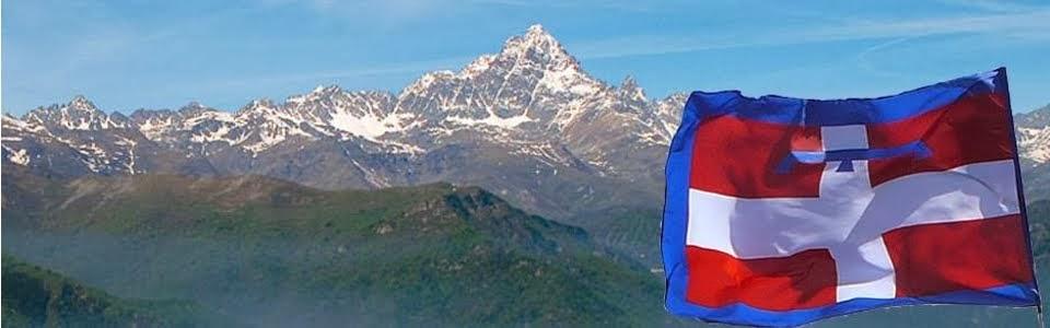 Il Monviso e la bandiera del Piemonte