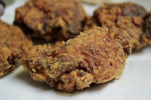 The Food Pirates!: Buttermilk Fried Chicken with 11 Spices and Herbs!