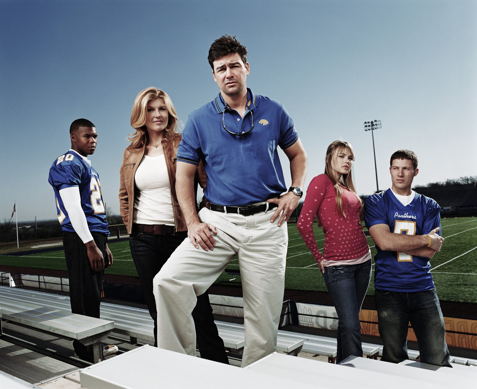 friday night lights cast dating Featuring a powerful all-star cast led by kyle chandler and connie friday night lights the third season: tyra and landry dating as an official couple.