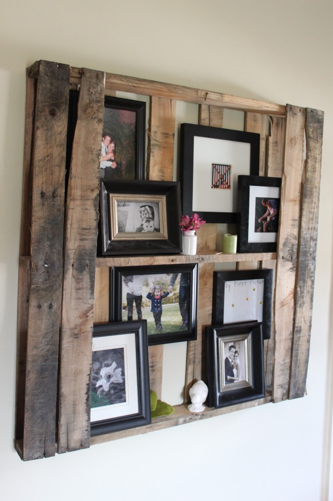 Diy furniture home accessories made with wood pallets for Diy pallet home decor
