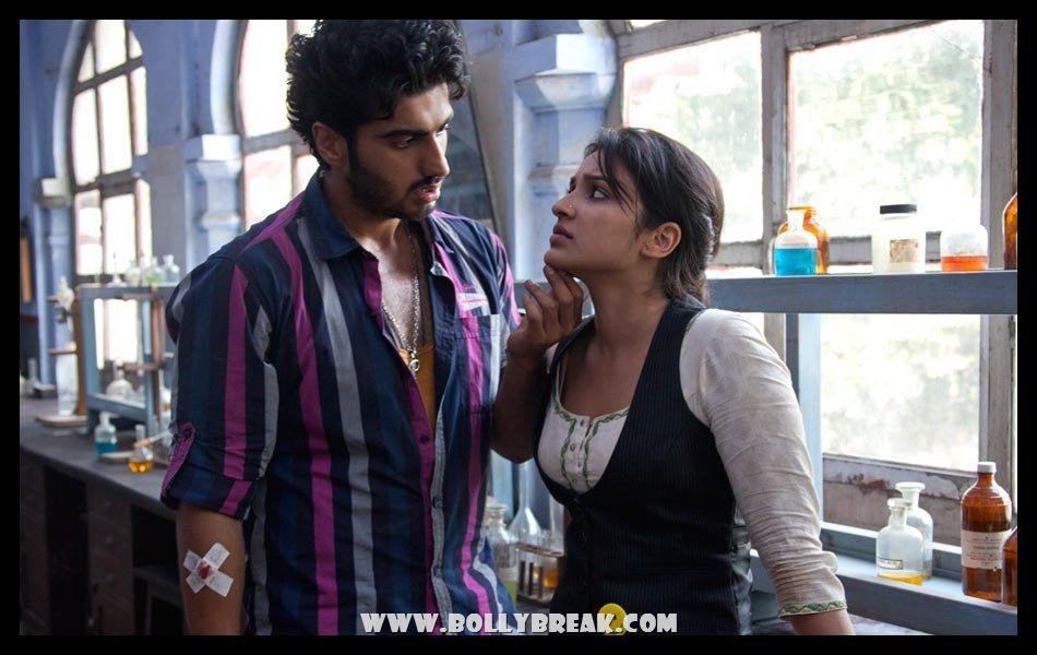 Parineeti chopra Sensual with Arjun Kapoor Ishaqzaade - (3) - Parineeti Chopra Ishaqzaade Wallpapers