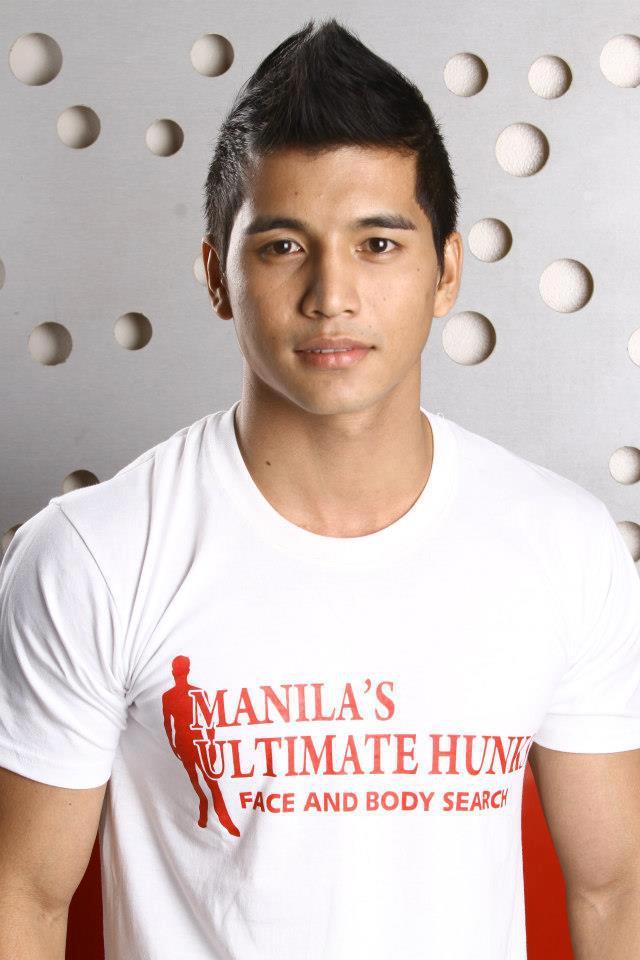 Hot Titans: Manilas Ultimate Hunks 2012