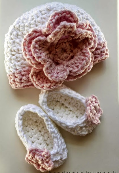 Flower Newborn Hat Crochet Pattern