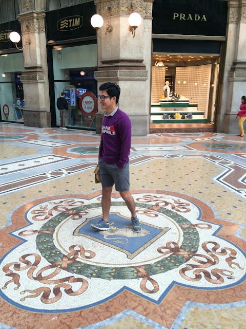 wisata, Galleria Vitorio Emanuele II,Milan,italy