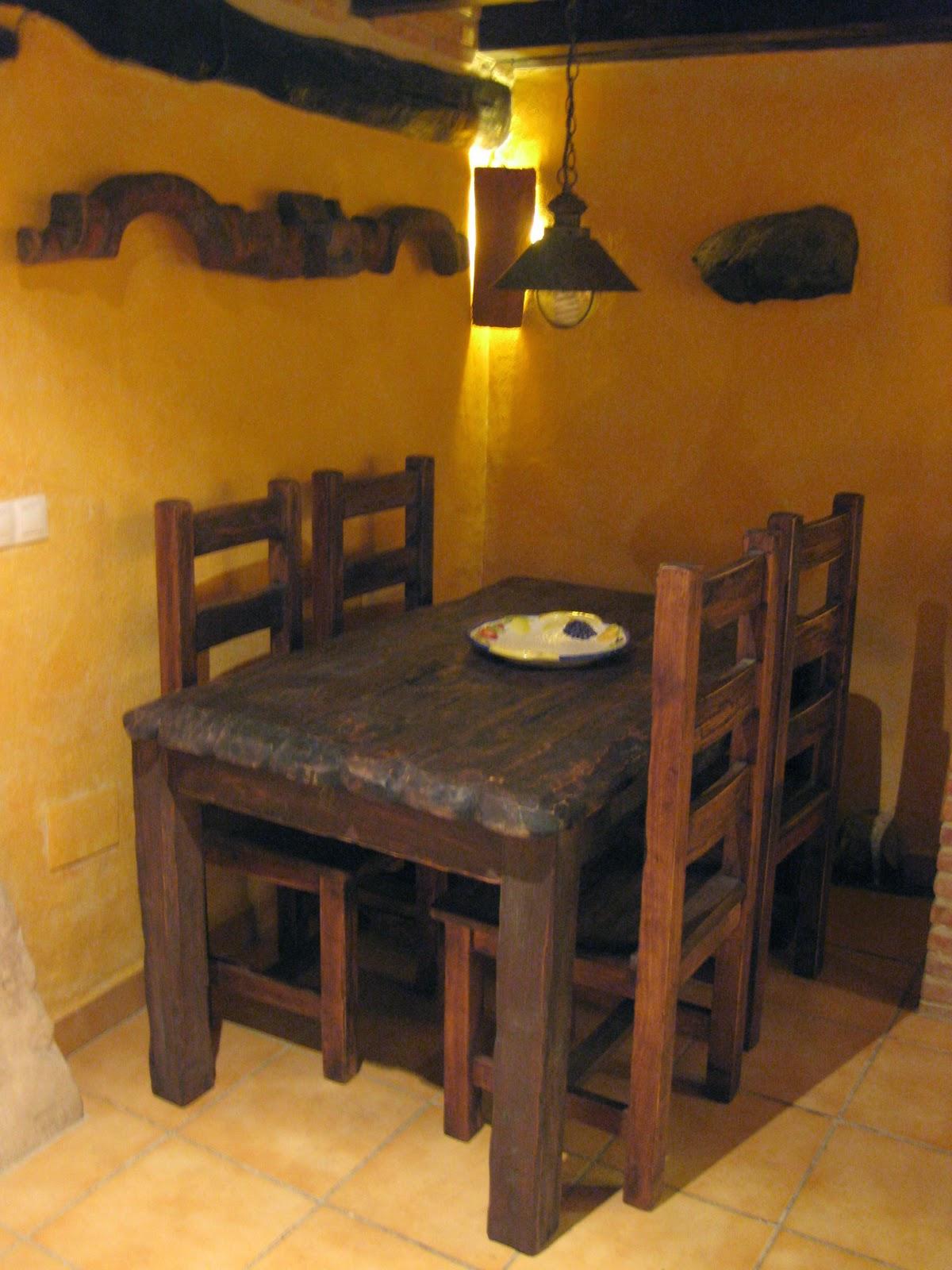 Artesan a r stica en madera mesas y sillas rusticas para for Mesas y sillas rusticas