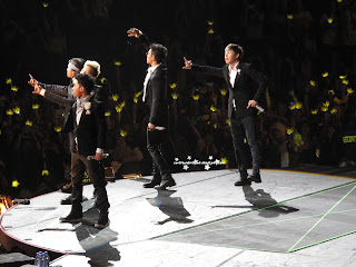 big bang k pop galaxy tour at prudential center taeyang dong young-bae, g dragon kwon ji-yong , top Choi Seung-hyun, daesung Kang Dae-sung, and senguri Lee Seung-hyun says goodbye to fans