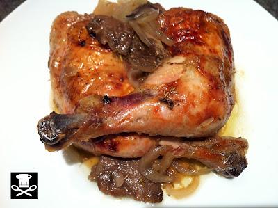 Muslos de pollo al horno con setas y romero
