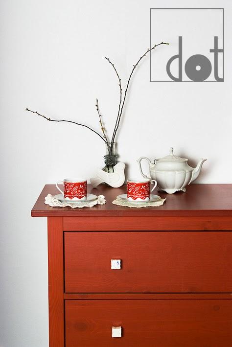 DOT - biżuteria dla mebli - gałki do mebli ceramiczne białe kwadratowe