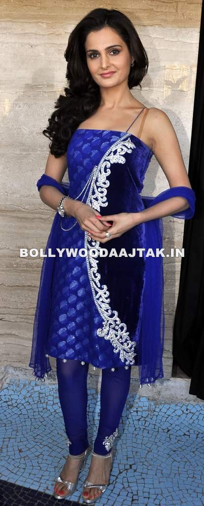 Monika Bedi in Blue Suit - Monika Bedi, Mugdha Godse at Hiramnek Awards