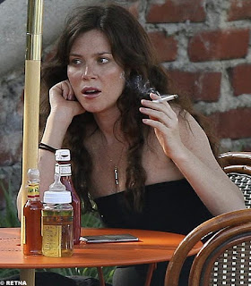 anna friel smoking