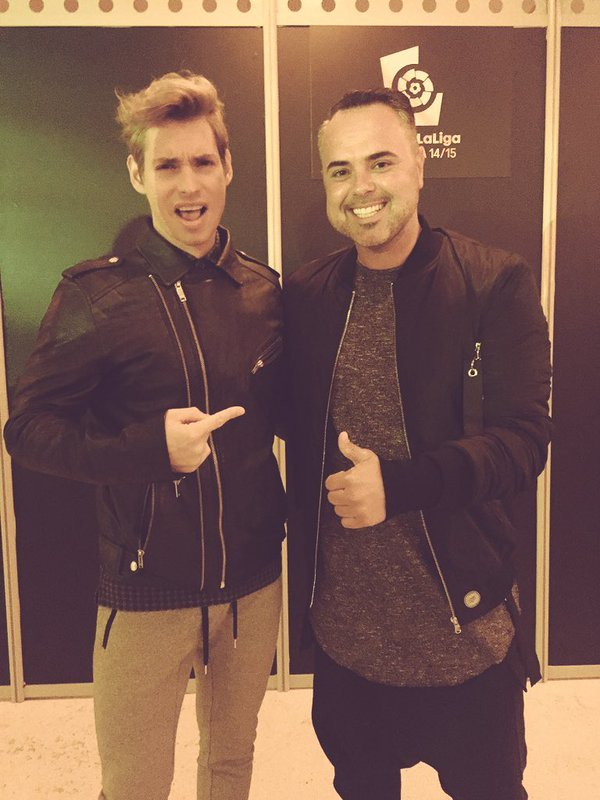 ¿Cuánto mide Carlos Baute? - Real height CarlosBautePremiosLaLiga30noviembre2015AlfombraJuanMagan