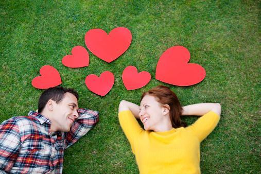 Woman-love-man - كيف تصبح لا تقاوم للفتيات والنساء - حبيبان