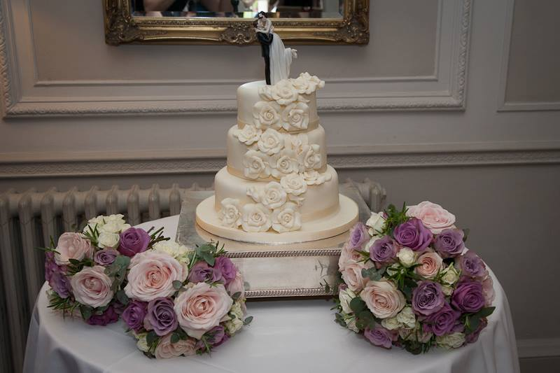 wedding cake, wedding topper, wedding flowers