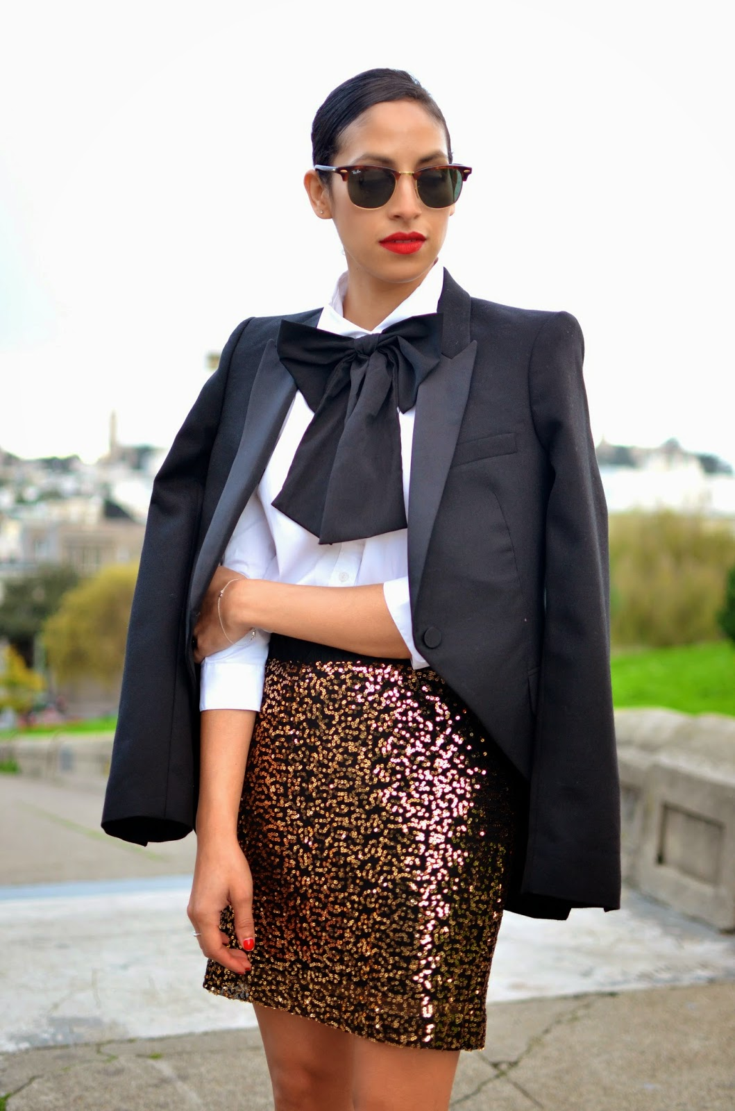 red lips, tuxedo jacket, SF style, NYE glam, holiday look, giant bowtie, preppy glam