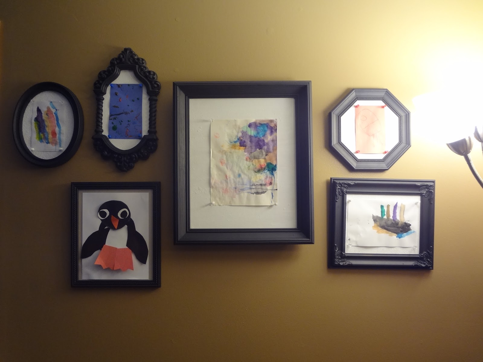 ID Mommy: DIY Kids\' Art Gallery Wall
