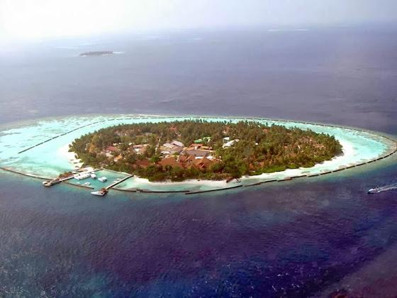 Insel Kurumba auf den Malediven
