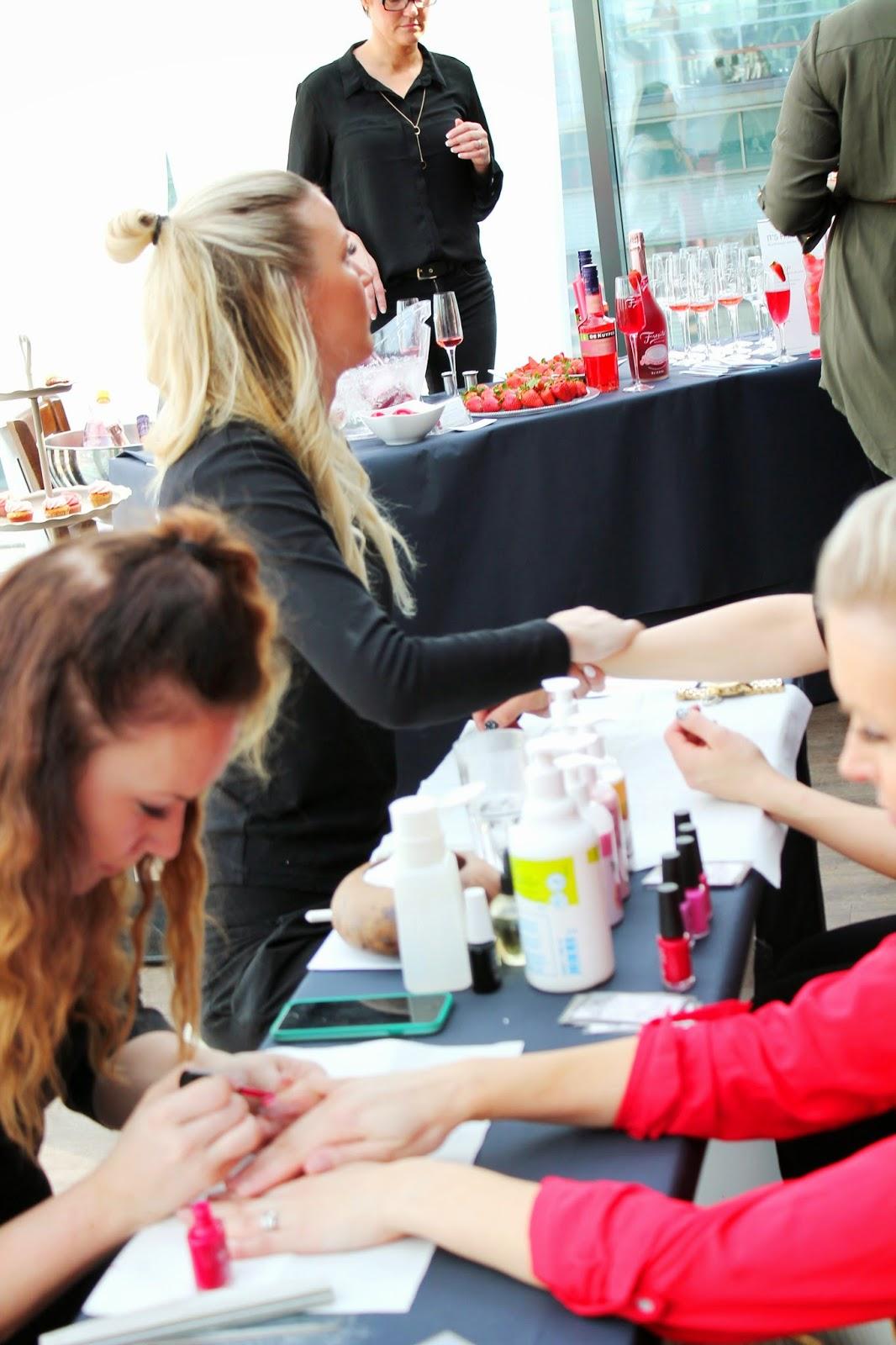 Handcare   Alinan kotona blog #bloggresinspirationday2015 #handcare #manicure #massage