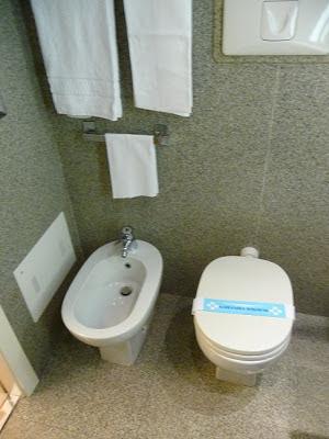 Hotel Antares Concorde Milano Bathroom