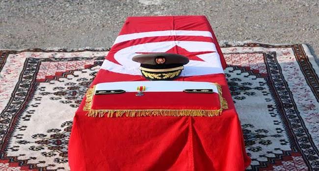 وطني انطلاق مراسم الأمنيين الأبطال ضحايا عمليّة جندوبة الإرهابيّة dafn.jpg