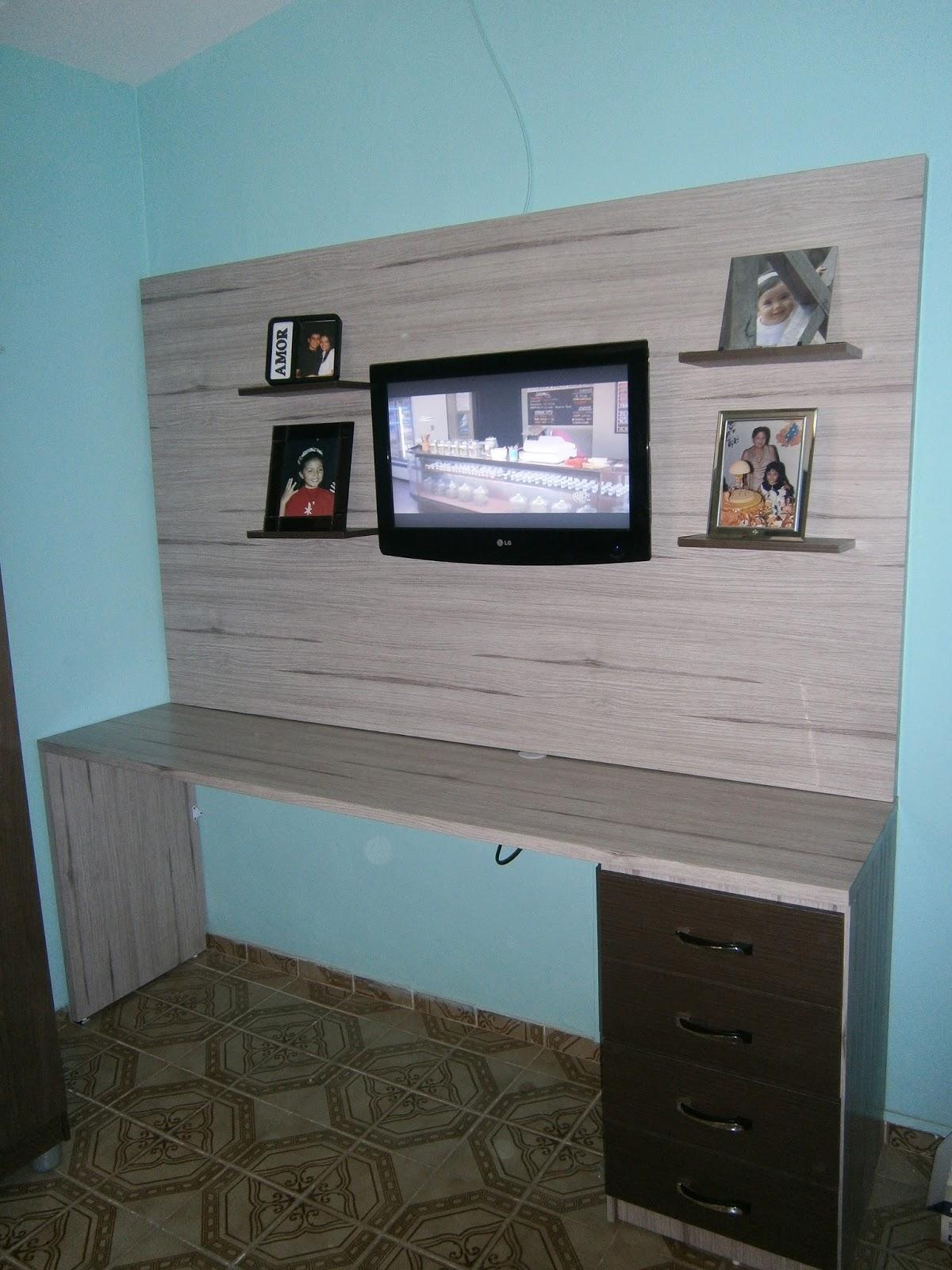 de TV com suporte para porta retrato   Escrivaninha com gaveteiro #457986 1200x1600