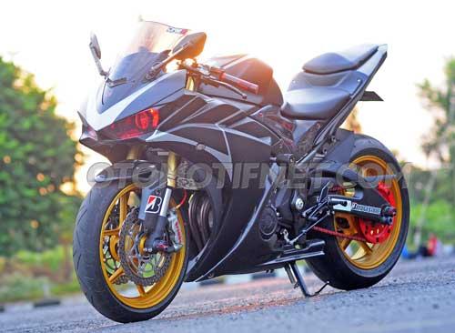Modifikasi Yamaha YZF-R25 Sangar