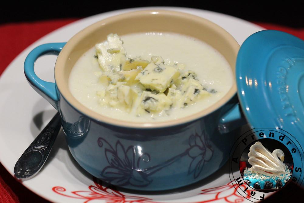 soupe de chou fleur au bleu d 39 auvergne a prendre sans faim. Black Bedroom Furniture Sets. Home Design Ideas