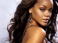 Download Lagu Diamond Rihanna