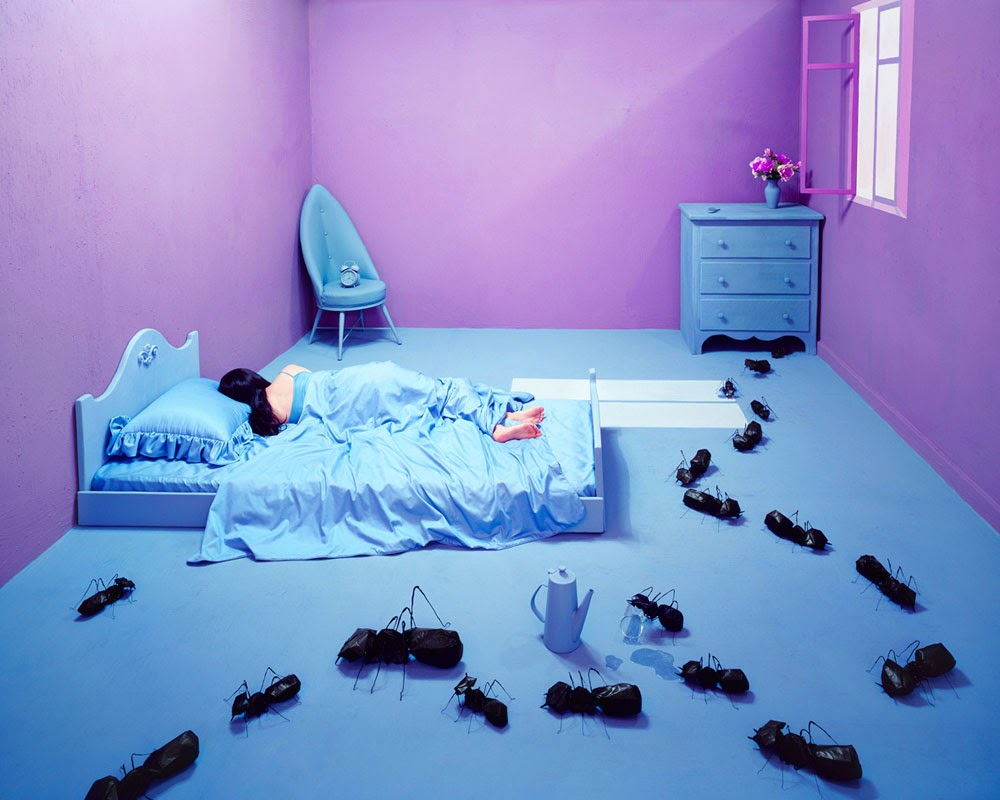 10-Oversleeping-South-Korean-Jee-Young-Lee-Surreal-Stage-of-Mind-www-designstack-co
