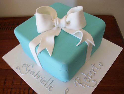 Tiffany Wedding Cake with Matching Mini Favors