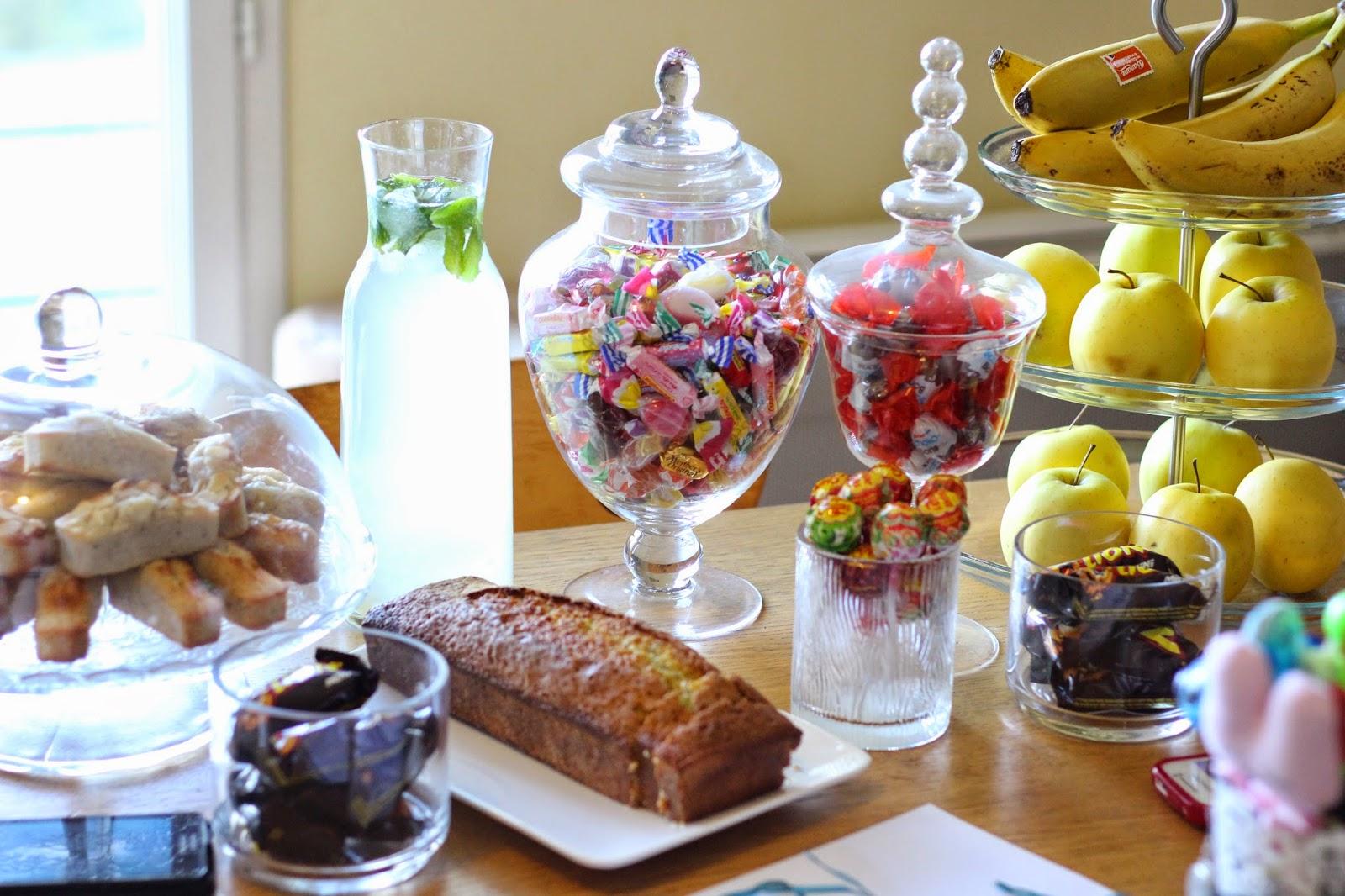 échange-découverte-papotage-goûter-citronade-cake-bonbon