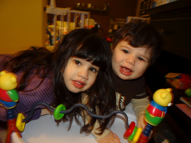 Wordless Wednesday  Do my kids look alike?