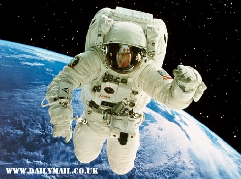 Daftar Astronot Muslim Yang Pernah Pergi Ke Angkasa Luar