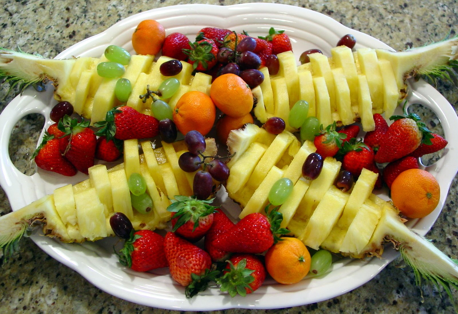 Baby shower idea a gathering place - How To Make A Fruit Platter Rachel Teodoro