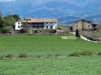 Façana de migdia de Can Serrabou