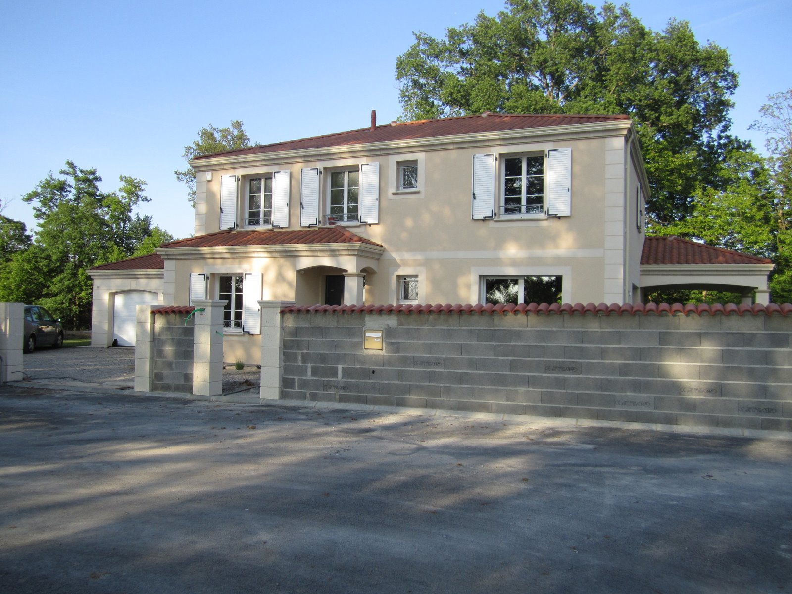 Our house 2010 jeudi 5 mai 2011 - Mur pour portail coulissant ...