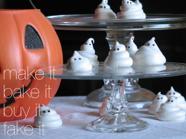 Spooky & Cute: Little Ghost Meringue Cookies