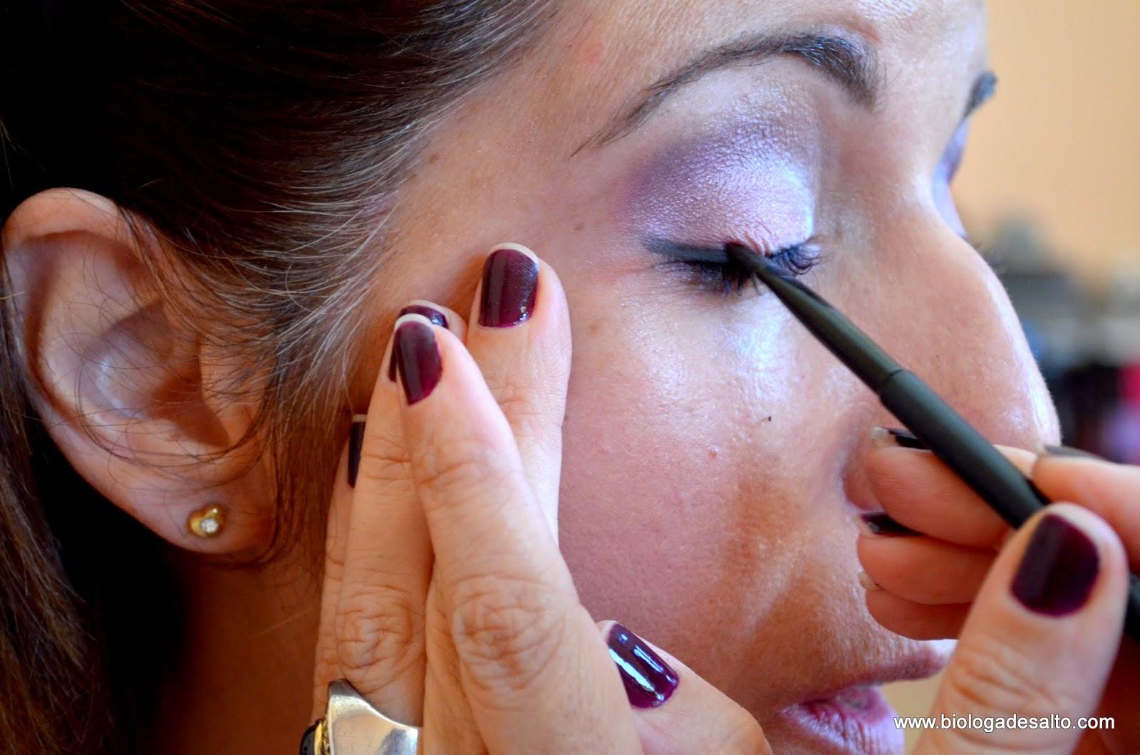Como fazer maquiagem colorida