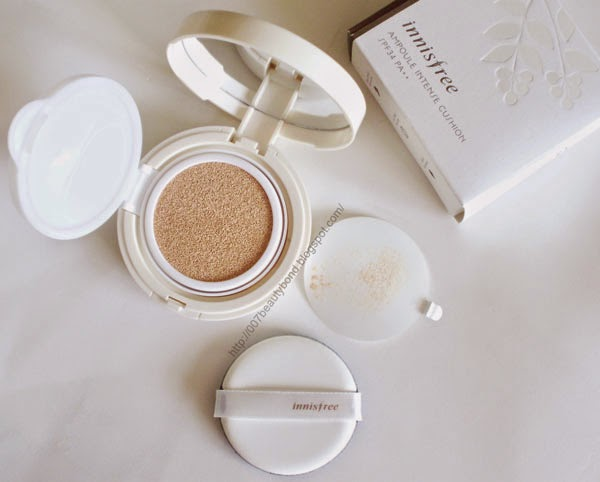 resenha innisfree Ampoule Intense Cushion 13 light beige cushion compact foundation Eco air magic puff