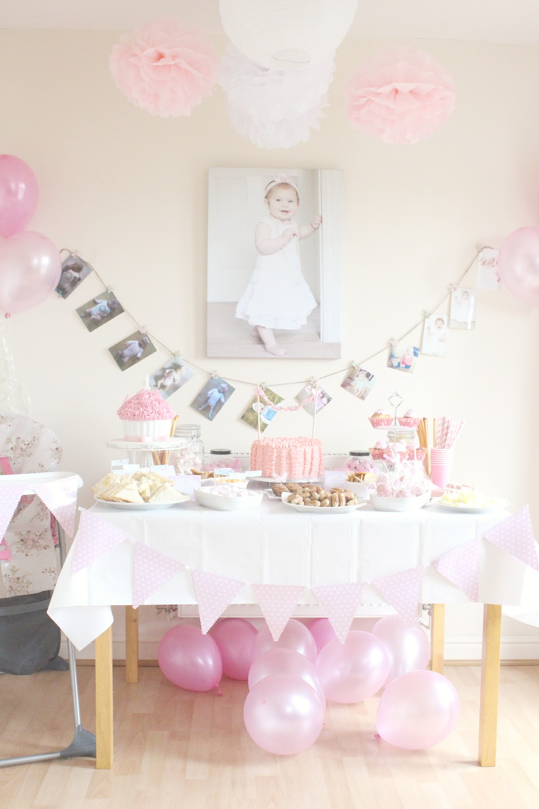 First birthday party decor vintage princess inspired for Baby birthday decoration photos