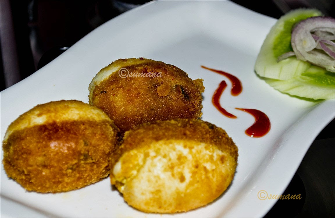 Bengali egg devil or dimer chop with smashed potato
