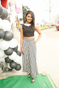 Neha Deshpande Glamorous look-thumbnail-13