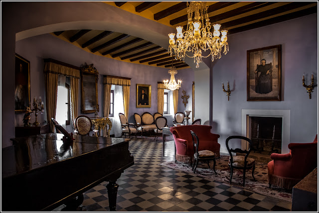 Castillo de Escornalbou, salón principal